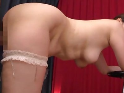 Sexy Japan mom treats ourselves with a vivid dick