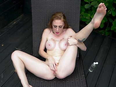 Gorgeous solo nudity and revilement by GInger Babbii