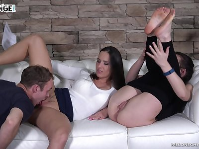Perfect nonstop pussy trample workout with a voracious nympho Mea Melone