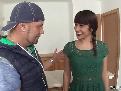 Amateur regimen MILF Lucia first anal scene