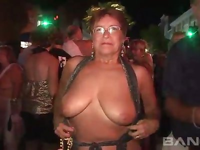 These mature women a torch for to flash regarding public and they've got big unpractised titties