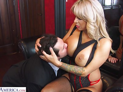 Hyper sexual cougar Alyssa Lynn is cheating on her retrench with a young personnel driver