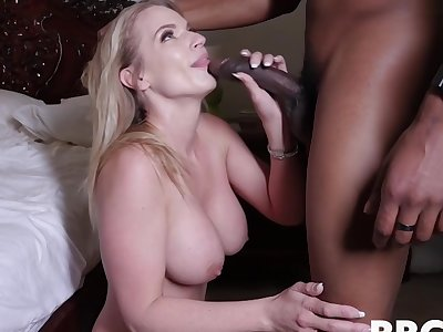 Big Cock For Lord it over Mom