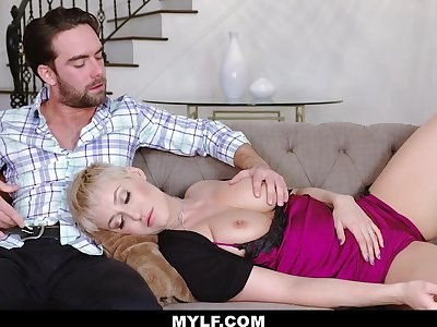 Jaw dropping dam Ryan Keely gives a blowjob to her stepson and gets fucked doggy style
