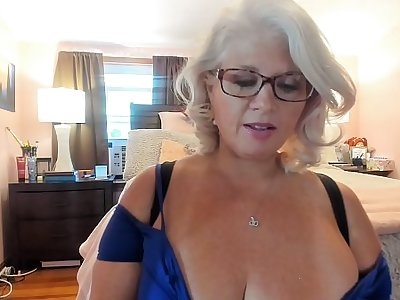 Curvy MILF Rosie: Gruelling On Low-spirited Heels and Dancing w/ Glasses On